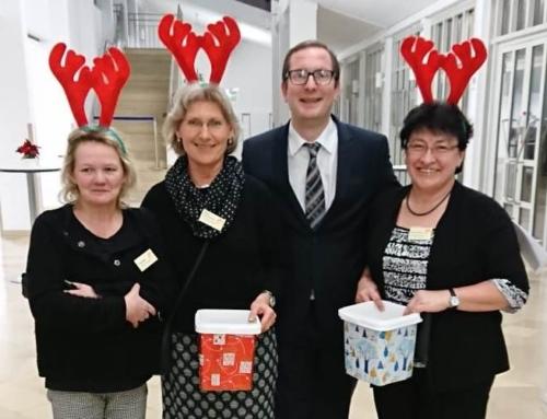 Hospizgruppe auf der Weihnachtsfeier des Donau-Isar-Klinikums